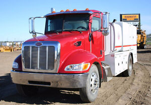 2008 Peterbilt 335 Fuel/Lube truck 6121 Miles one owner from new