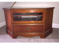 PERFECT CONDITION. Wooden Cabinet