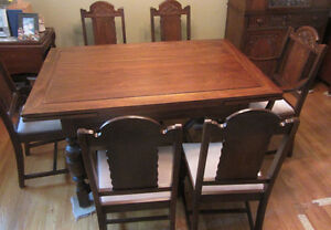 Dining Room Set - Antique - 9pc