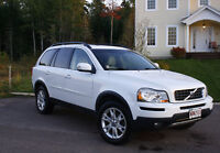 2007 Volvo XC90 SUV - Safety and Luxury