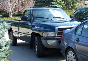 1998 Dodge Power Ram 1500 Pickup Truck