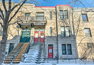 ST-HENRI STUNNING RENOVATED THIRD FLOOR (TRIPLEX)