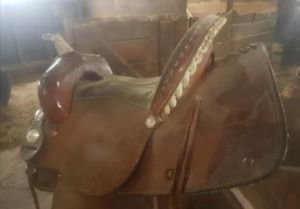 14 inch Circle A barrel saddle