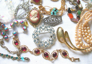 WANTED:  Free Costume Jewelry  (Any kind)
