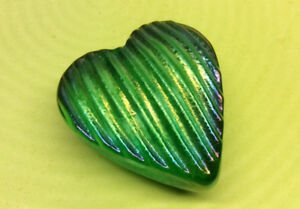 NEW Robert Held Iridescent Green Heart Art Glass Paperweight 2.5