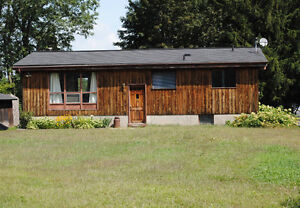 Kemptville Waterfront Room for Rent,
