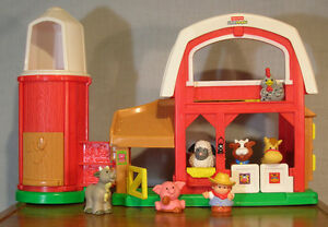 Ferme sonore Little People Fisher-Price Farm w/ sounds [FP-F03]