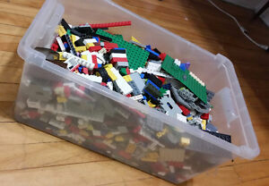 Great big bin of Lego!