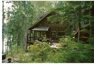 waterfront cottage on the Shuswap Lake