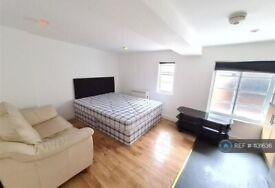 Studio flat in Market Street, Leicester, LE1 (#1131636)