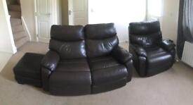 1 + 2 brown leather sofa c/w 2x poofy and care kit