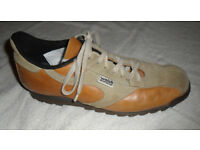Norman Walsh Tan n Buff V Ripple Trainers - Vintage Leather & Suede Fell-running