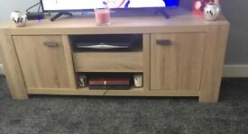 Next solid wood to unit