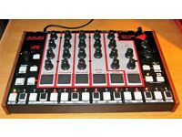 Akai Professional RYTHM WOLF drum machine bass synthesizer in almost new condition,with manual