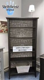 Large Shellybeenz Bookcase