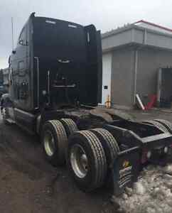 2012 Peterbuilt 587 (BANK REPO)Financing Available West Island Greater Montréal image 2