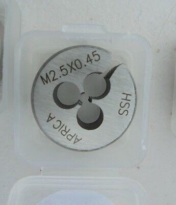 "P/&N OD 2 3//16/"" HSS split Die Button BSF 3//4/"" X 14 NEW"