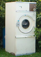 HUEBSCH - 30 LB - COMMERCIAL DRYER - Natural Gas or Propane