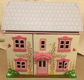 Big jigs wooden dolls house