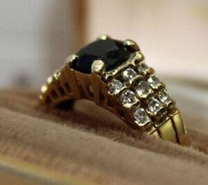 Sapphire, 18 Diamonds, 18 Carat Gold Ring