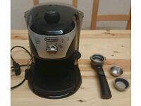 Delonghi Expresso/Cappuccino coffee machine