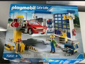 Playmobil car repair