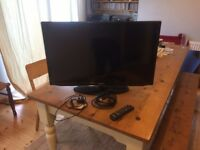 "32"" Samsung UE32EH5000 Black TV - Excellent condition"