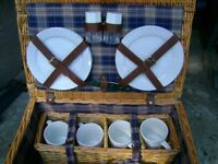 Bicnic basket set
