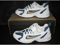 Nike Air Contrail - Size 8