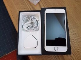 Quick sale Unlocked Iphone 7 32 GB