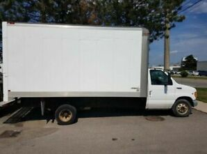 1999 Ford E350 16 FT Super Duty box truck ( NEGOTIABLE)