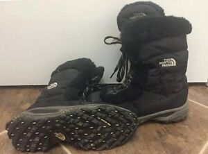 North Face size 6 women's boots Kingston Kingston Area image 1