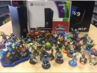 Xbox 360 Console With Skylanders Game / Figures Bundle