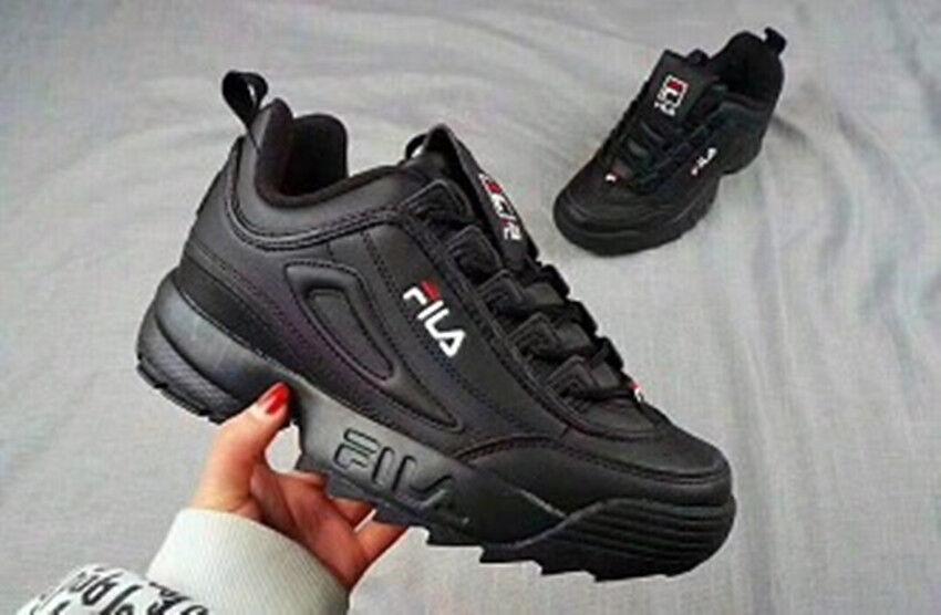 huge selection of 84a5d 51fa9 Мужская спортивная обувь FILA Schuhe niedrig Leder oder Faux Disruptor  schwarz Weiß lackiert Sneak Neu DE