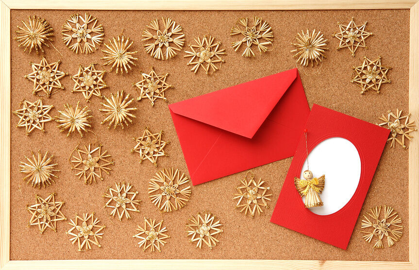 How to decorate your bulletin board for christmas ebay for How to decorate a cork board