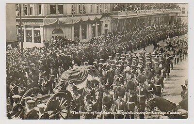 Berkshire Postkarte - Begräbnis von K.E VII Bluejackets Zeichnung Gewehr Träger Karte Blue Jackets