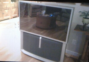 "51"" SONY TV - Rear Projection TV"