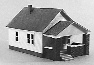 1 Story House w/Front Porch -- Model Railroad Building -- HO Scal 0400628002026