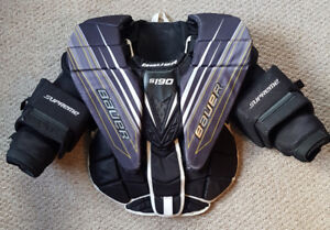 Bauer S190 Intermediate large goalie chest protector
