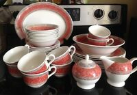 Churchill staffordshire England dinnerware complete set for 8