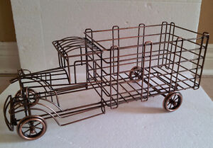 Metal Wire Truck Wine Champagne Bottle Holder London Ontario image 2