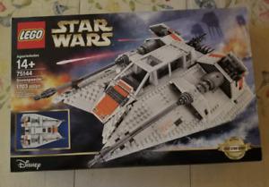 Lego 75144 Ultimate Collectors Series Snowspeeder