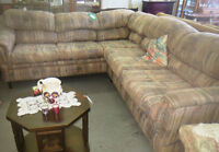 QUALITY LIVING ROOM COUCHES