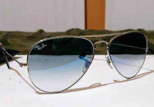 Ray-Ban: Blue Gradient Aviators [AUTHENTIC]