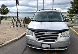 Chrysler - Town and Country 08