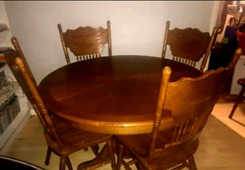Adjustable table and 4 chairs and two armchairs