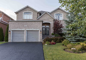 Stunning Executive Home For Sale In Barrie South End