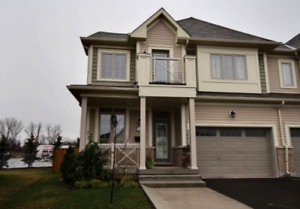 NIAGARA-ON-THE-LAKE SEMI-DETACHED FOR SALE