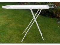 Ironing board - excellent condition