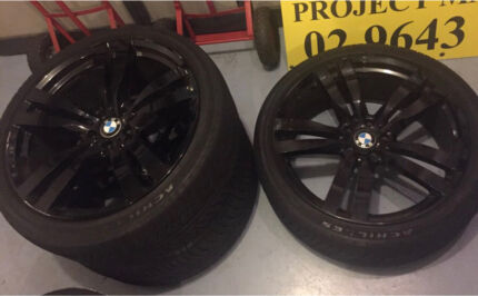 4 x 22 inch BMW X'series wheels and tyres
